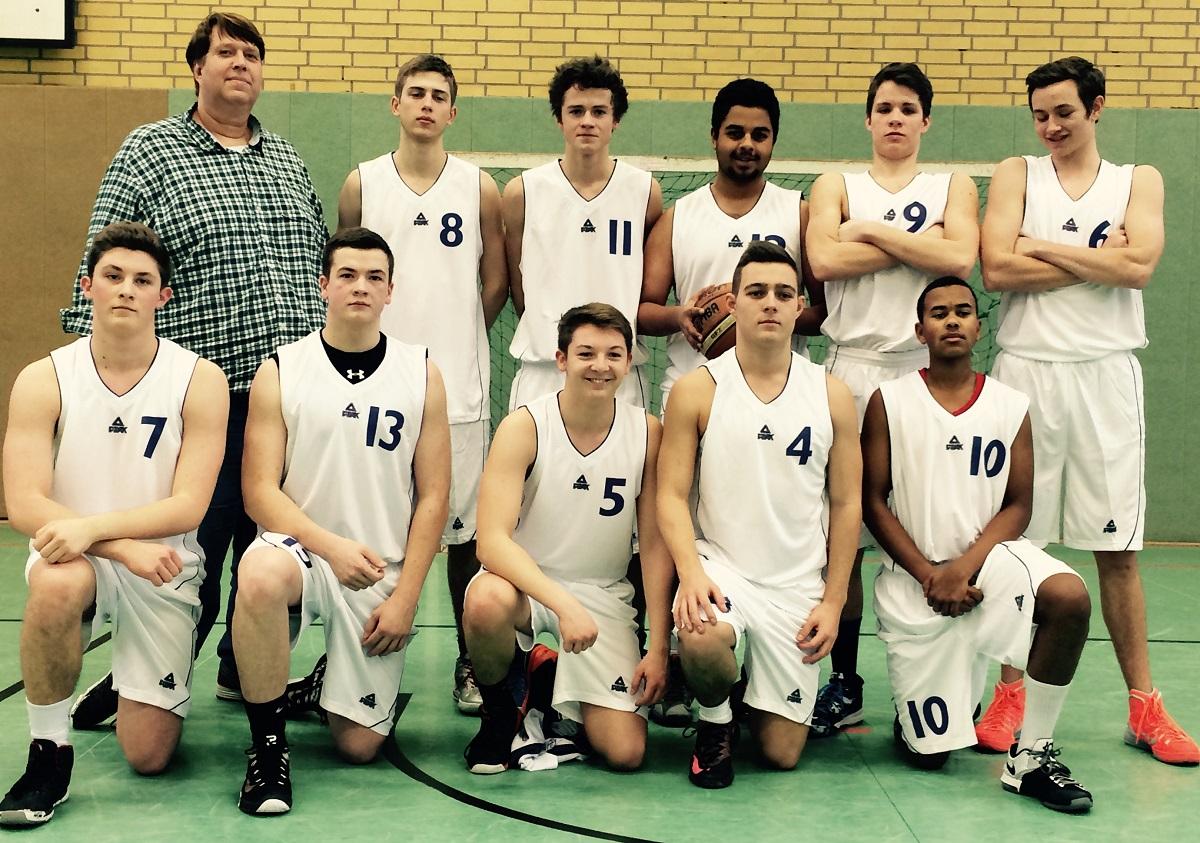 Team U18.1 in neuen Trikots 08.02.2015